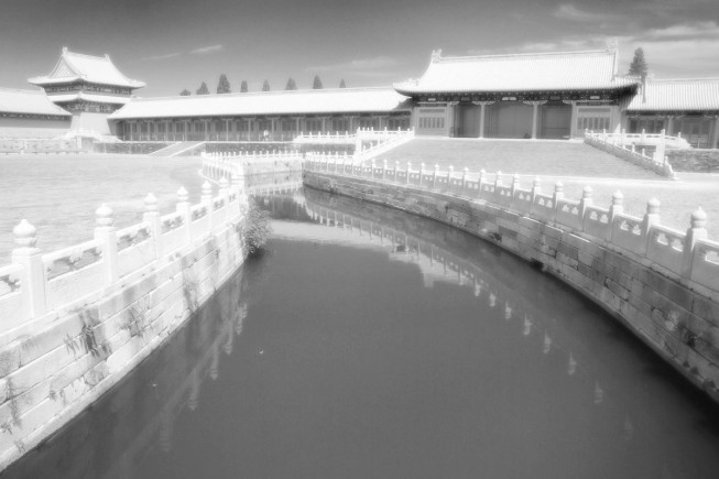 The Orton Effect can be used on black-and-white pictures too