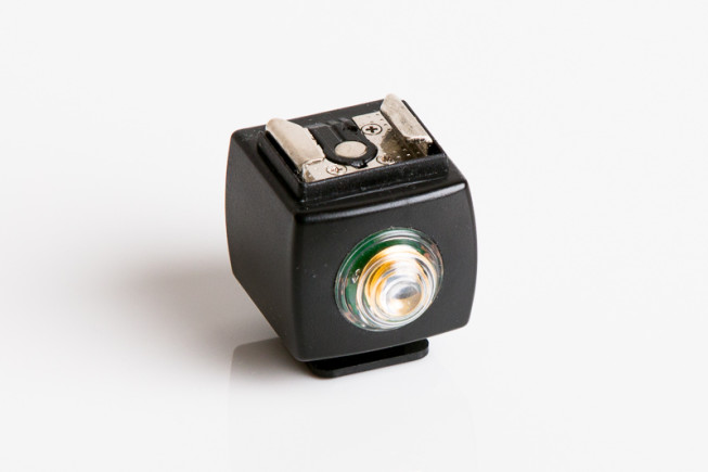 A cube for optically firing a remote flash. Photo: Vít Kovalčík