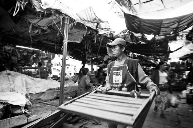 Morning market in Vientiane, Laos. Photo: Tomáš Slavíček